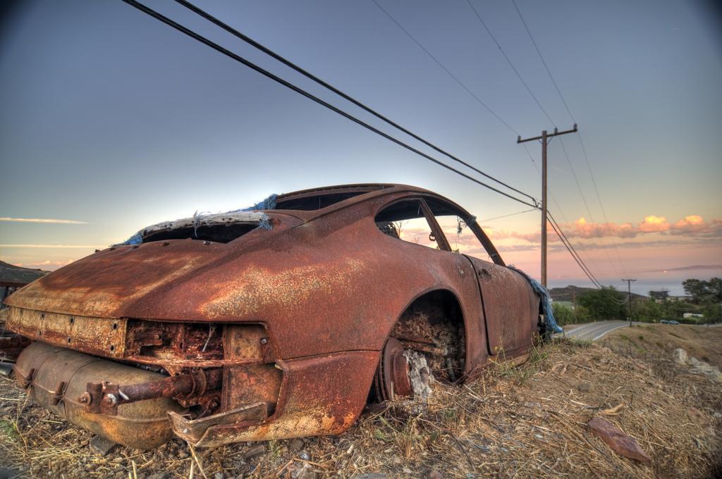 porsche-911-burned-3
